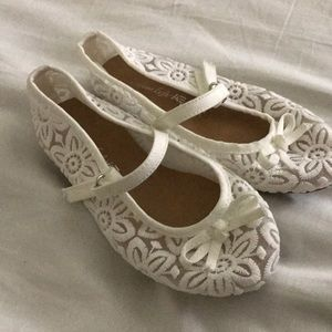 Other - Toddler lace flats